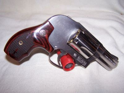 Smith Wesson Model 438