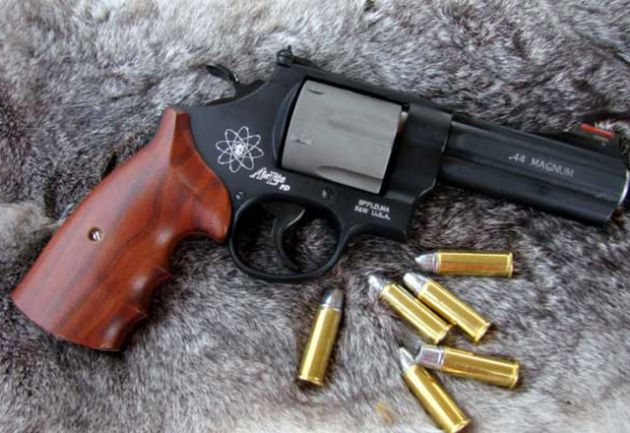 Smith Wesson Model 329