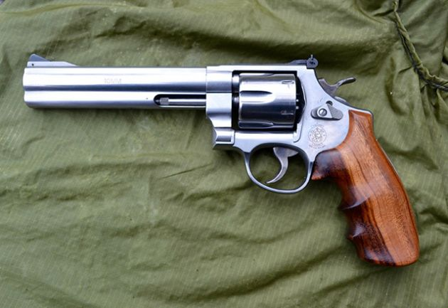 Smith Wesson Model 610